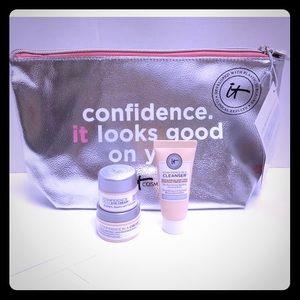 New Sealed it Cosmetics 4-Piece Confidence Set!